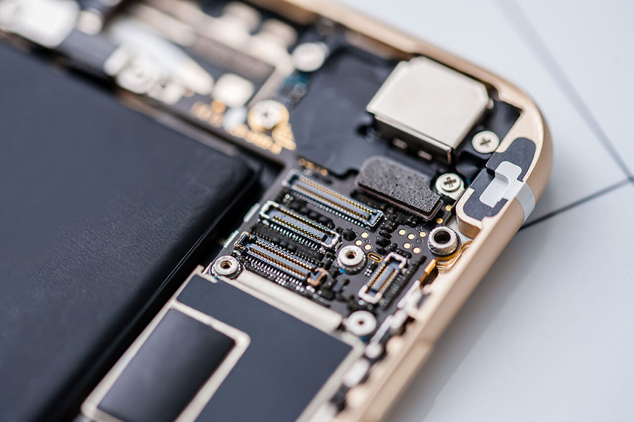 Cell Phone Repairs: How to Stay Ahead of the Crowd 1